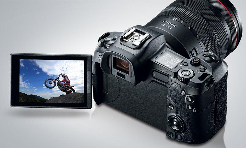 Canon EOS R5 vs R6 Performance