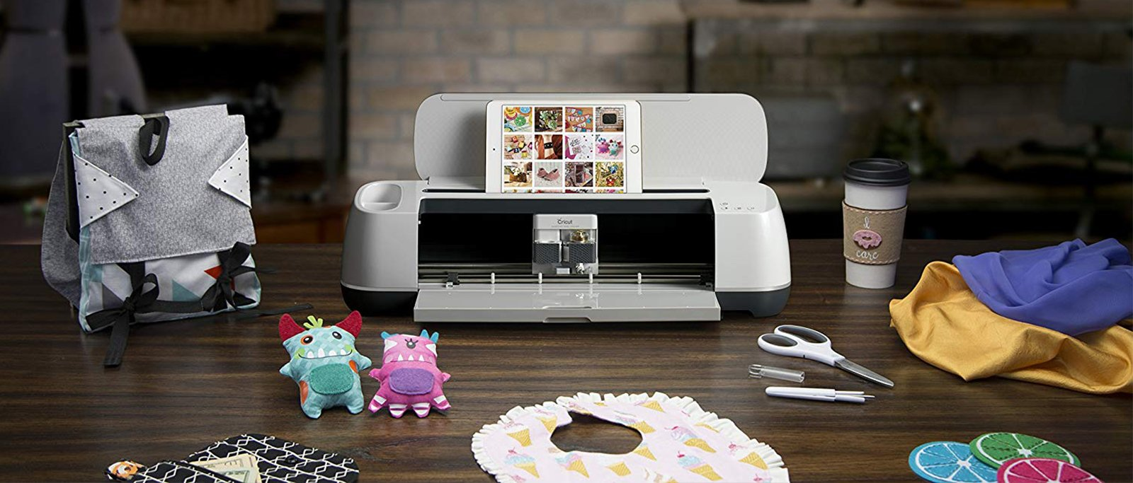 Cricut Maker vs Glowforge 2020