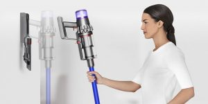 Dyson V11 Absolute vs Animal Cordless Vacuum Comparison