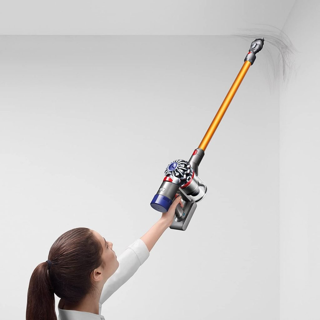 Dyson V8 Animal vs Absolute Cordless Vacuum Cleaner Handling