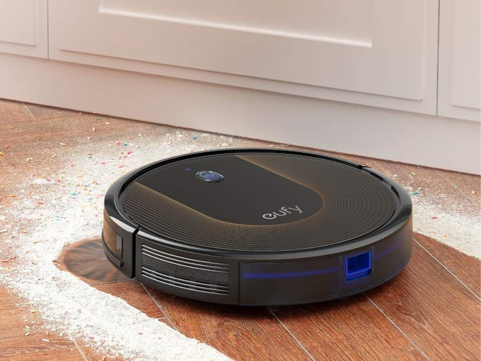 Eufy RoboVac cleaning