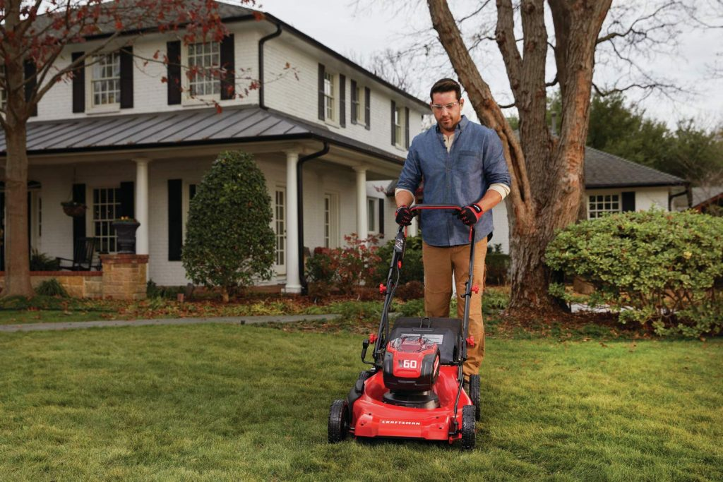 Husqvarna vs Craftsman Lawn Mowers Handling