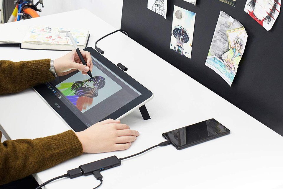 Wacom One vs Intuos Pro Drawing Tablet - Software
