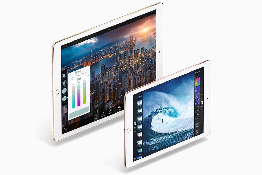 iPad 9.7 vs 12.9 - Original iPad Pro Cameras and Storage